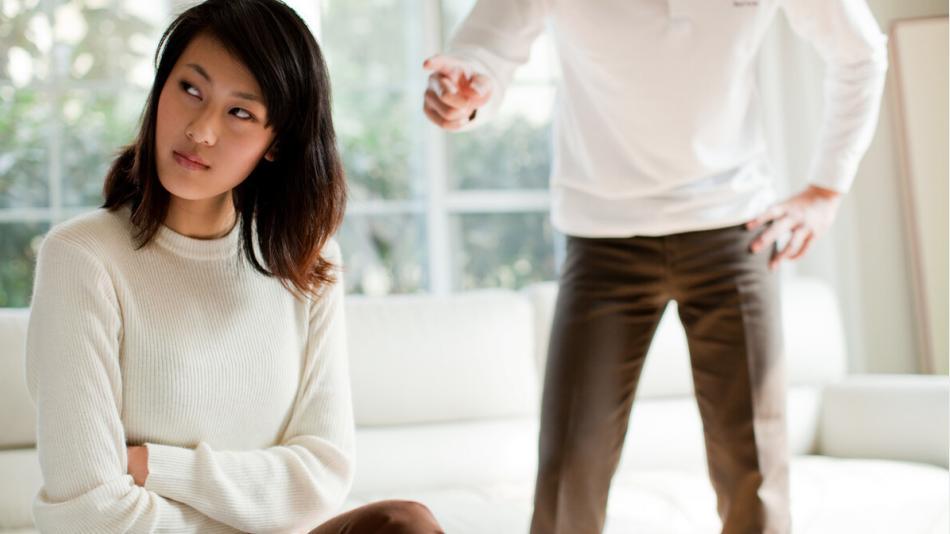 """俗话说""""妻子不说'三个字',丈夫不辩'两个字'"""",这是怎么回事?"""